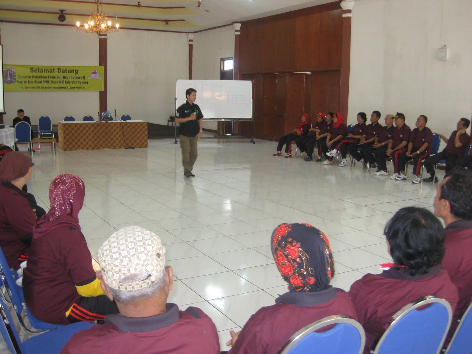 Team Building Training – Dewan Kelurahan Cipinang Jaktim