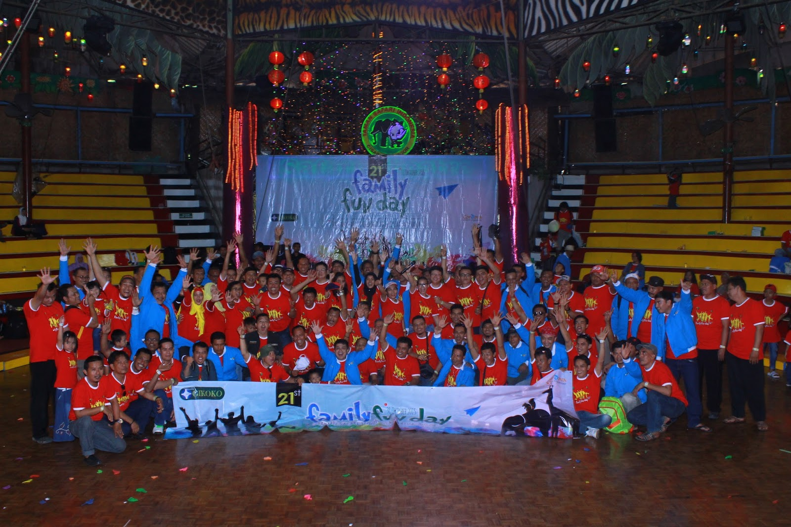 FAMILY GATHERING 2015 PT GIKOKO KOGYO INDONESIA IN TAMAN SAFARI
